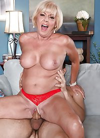 Granny Scarlett Fuck Young Guy